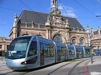 se déplacer à valenciennes en tramway
